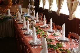 Как организовать обед для большой семьи или компании?